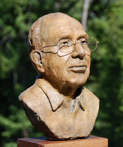 Click here for bigger pictures of this public art commission - bust of Papa Joe Smiddy, former Chancellor of the University of Virginia at Wise